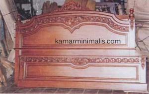 tempat tidur kayu KM 211