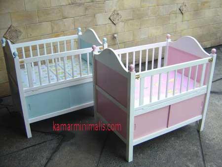 tempat tidur bayi box minimalis