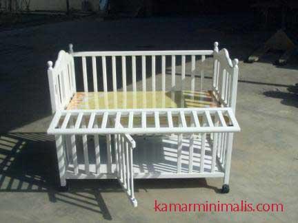 box bayi tempat tidur cat duco