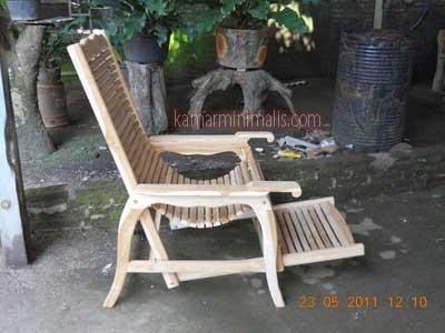 kursi malas kayu jati finishing atau cat duco