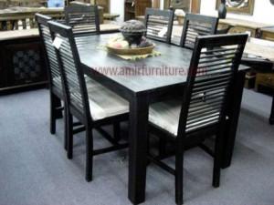 kursi dan meja makan minimalis warna hitam km 329